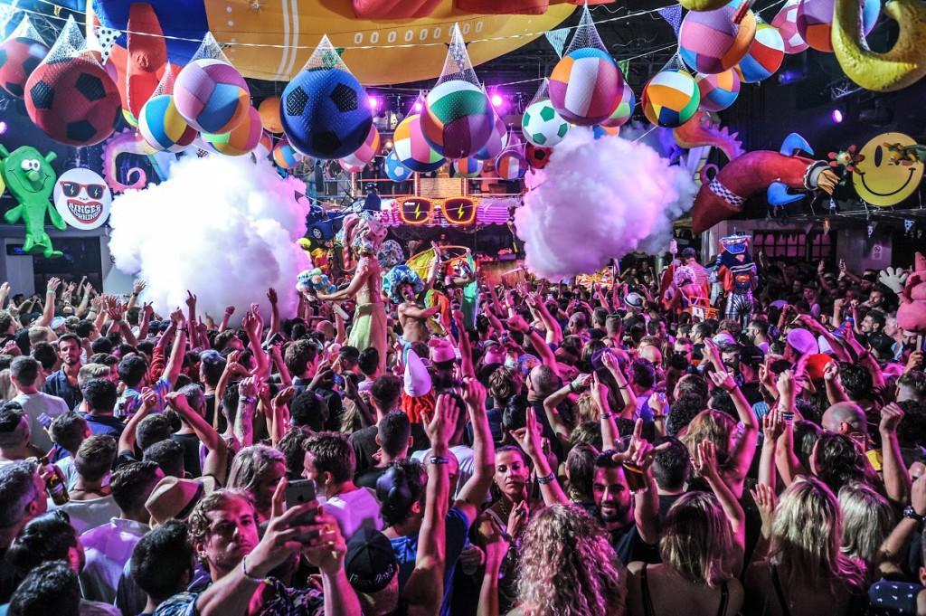 elrow-festival-confirma-sua-primeira-edicao-no-brasil-em-2017-revista-backstages