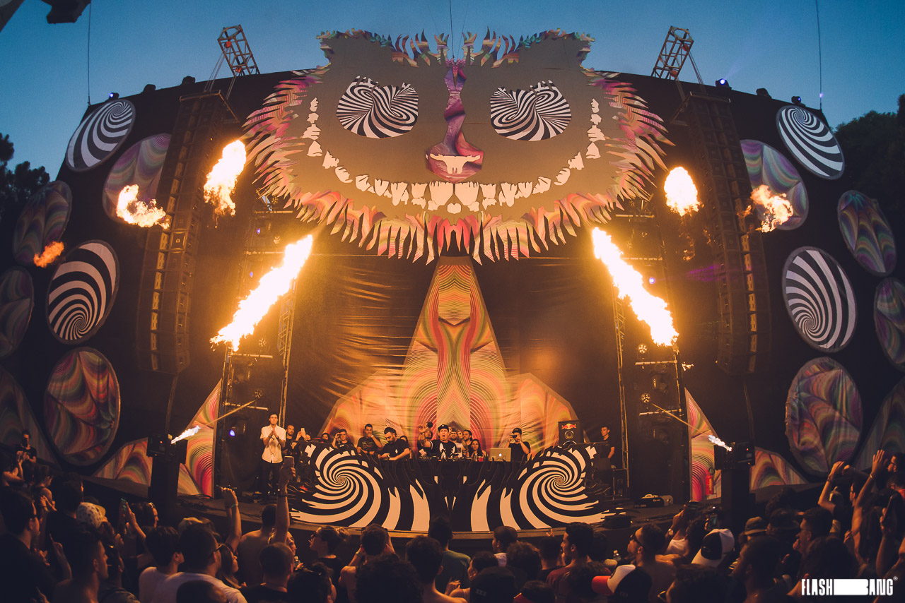 Mundo_Psicodelic_Festival_Backstages_flashbang_5