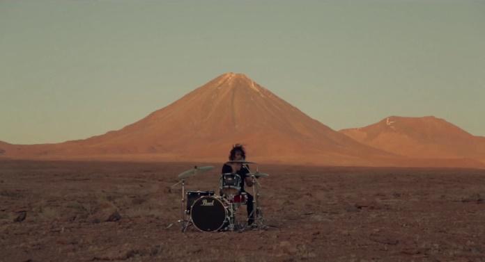 Ego Kill Talent - cenas do clipe gravado no deserto de Atacama / Créditos: reprodução