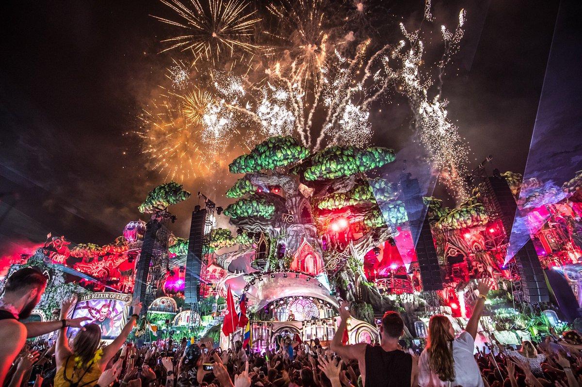 tomorrowland-2017-revista-backstages-brasil