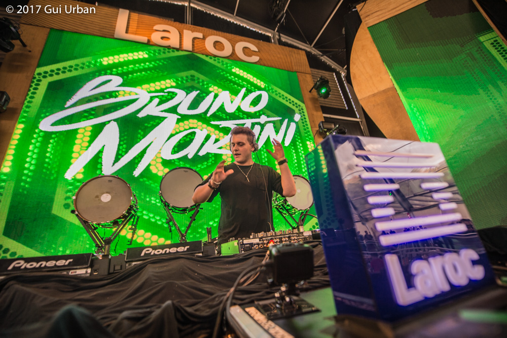 Bruno Martini-laroc-revista-backstages